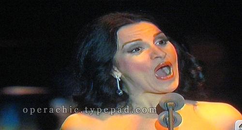 Angelabocelli01