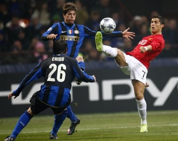 Ronaldo santon chivu