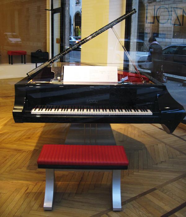 Pianoboat02