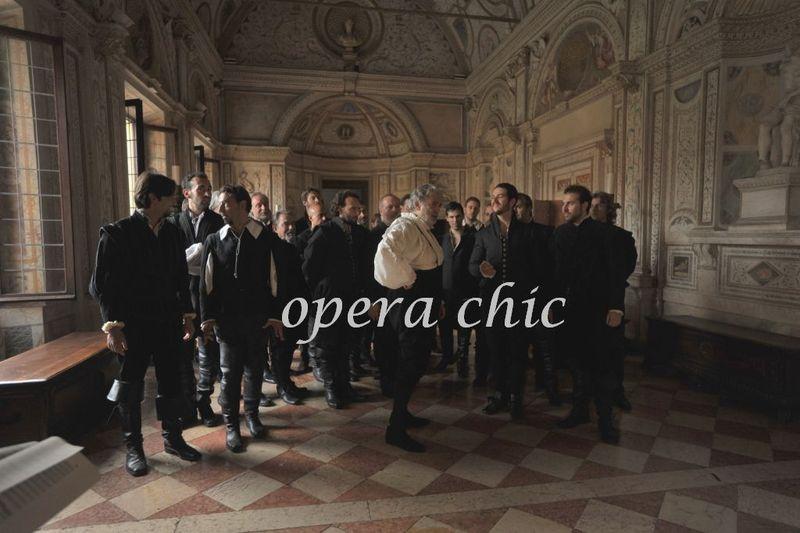 01 Rigoletto Act II Palazzo Ducale