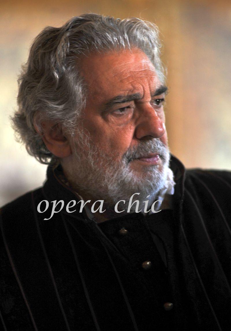 04 Rigoletto Act II Palazzo Ducale 2_lg