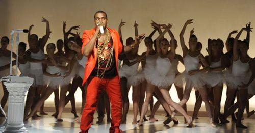 Kanye ballerinas
