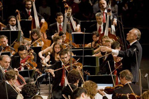Abbado Orchestra Mozart Te Deum Pierino e il Lupo 25-10-08 - foto Marco Caselli Nirmal (1)