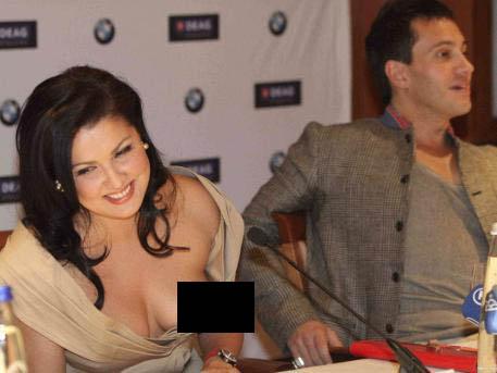 Anna nipple sfw