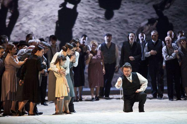 01-Nabucco-Credit-Rudy-Amisano-e-Teatro-alla-Scala_hg_temp2_s_full_l