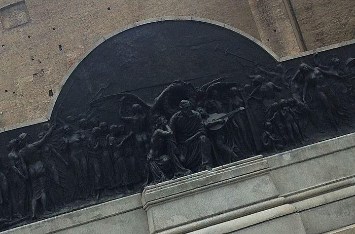 Verdi monument