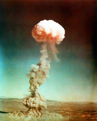 Atmosphere_nuclear_bomb_test_2